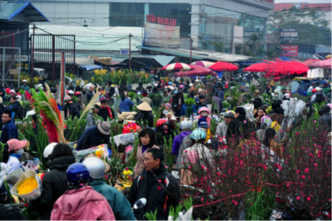The_bustle_of_the_flower_market